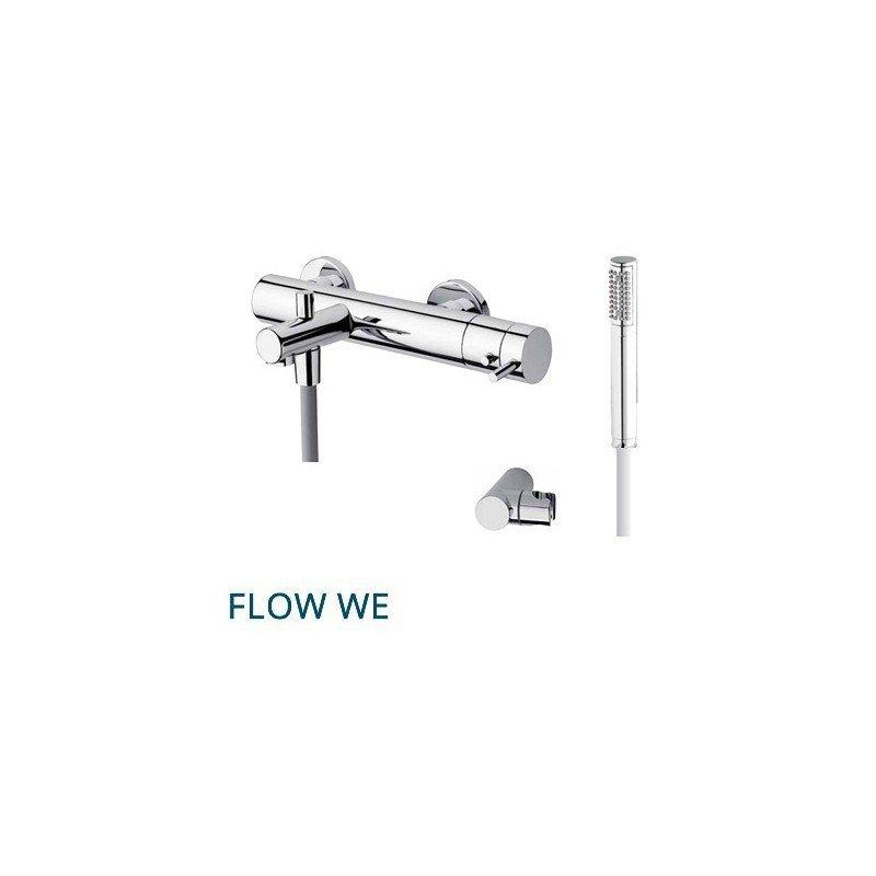 Grifería termostática de bañera y ducha con flexo y teleducha. FLOW